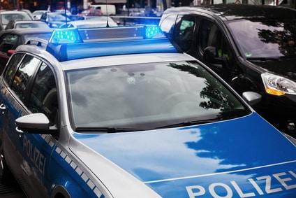 Einen Alkoholtest kann die Polizei direkt vor Ort durchführen.