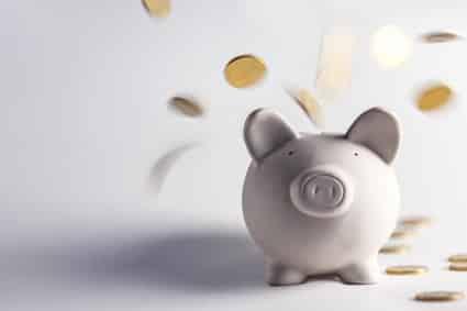 Bei einem Bußgeldbescheid können gewisse Gebühren auf Sie zukommen.