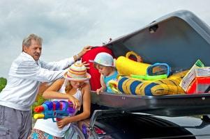 Wenn Sie Ihr Auto überladen haben, kann die Fracht oft nicht ordnungsgemäß gesichert werden.