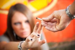 Wenn eine MPU wegen Drogen ansteht, kann ein Verkehrspsychologe in Düsseldorf empfehlenswert sein.