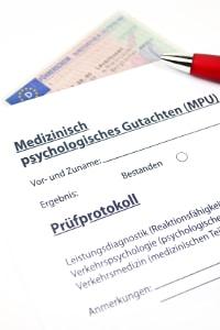 Unter anderem erstellt ein Verkehrspsychologe MPU-Gutachten.