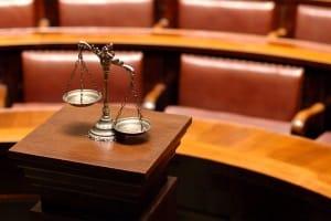 Der Bußgeldbescheid ist ohne Verwarnung rechtlich gültig.