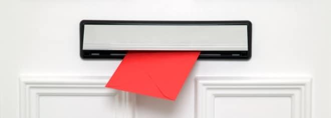 Beim Fahrverbot ist die Führerscheinabgabe auch per Post möglich.