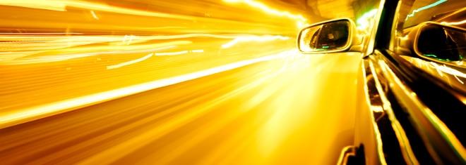 Der wohl größte Feind deutscher Raser sind Blitzer, die mobil eingesetzt werden.