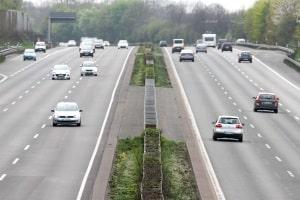 Die Geschwindigkeitsmessung durch Nachfahren kommt überwiegend auf der Autobahn zum Einsatz.