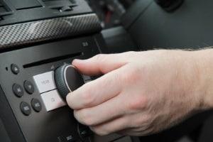 Radarwarner: Das Radio kann zum Empfangen von Blitzerwarnungen genutzt werden.