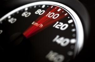 Punkte drohen auf der Autobahn bei überhöhter Geschwindigkeit.