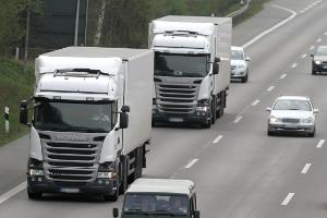 Wann liegt eine Abstandsunterschreitung mit dem Lkw vor?