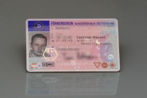 Um Ihren Führerschein ohne MPU nach 15 Jahren zurückzubekommen, müssen Sie ggf. eine erneute Prüfung ablegen.