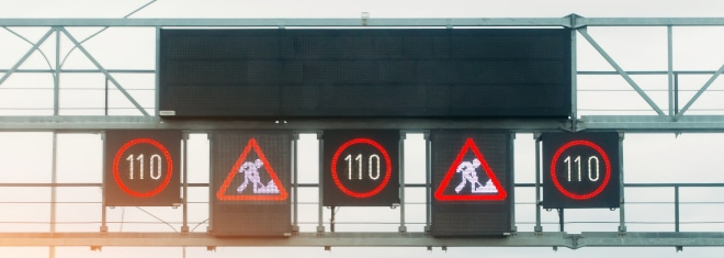 Es können unterschiedliche Sanktionen drohen, wenn Sie die Geschwindigkeitsbegrenzung überschritten haben.