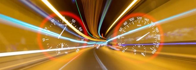 Unterwegs mit Lkw, Pkw oder Motorrad: Welche Höchstgeschwindigkeit gilt?