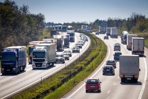Wann gibt es Punkte, wenn die Geschwindigkeit auf der Autobahn überschritten wurde?