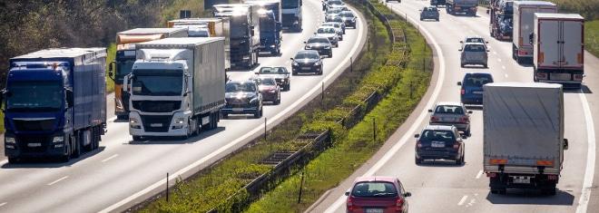 Gibt es ein generelles Tempolimit in Deutschland?