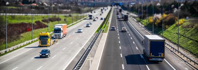 Wie hoch ist die Toleranz auf der Autobahn?