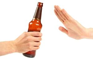 Unter 21 ist Alkohol am Steuer tabu.