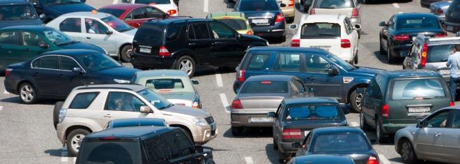 Was sind die wichtigsten Verkehrsregeln auf deutschen Straßen?