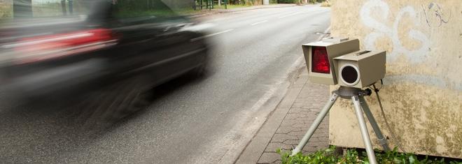 Zu schnell gefahren in der Probezeit: Was droht Fahranfängern?